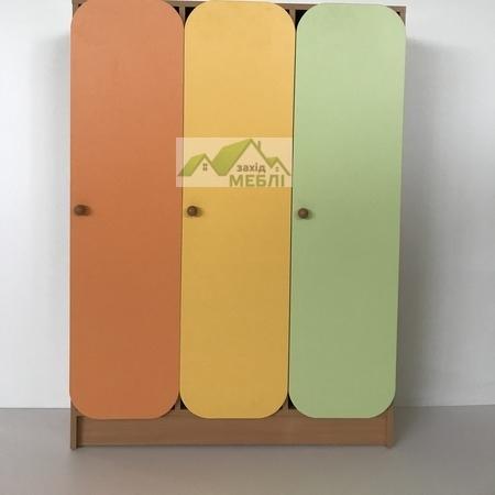 Шафа дитяча 3-секційна з фігурними дверима